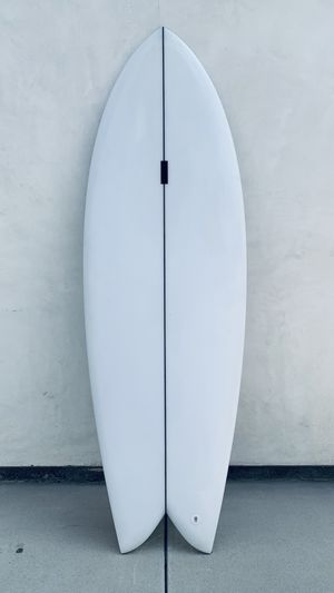 5'8 Fish Surfboard with Twin Keel Surfboard Fins for Sale in Los Angeles, CA