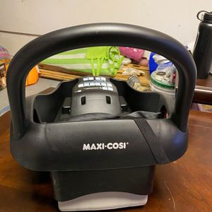 *BRAND NEW* Maxi Cosi carseat base for Sale in Santee, CA