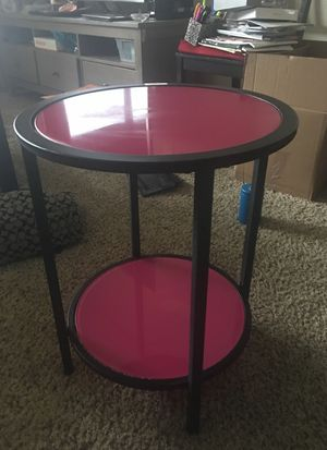 2FT table with removable glass shelves for Sale in Salt Lake City, UT