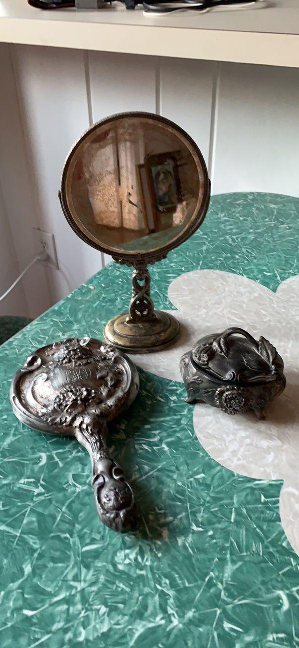 Antique beveled swivel vanity mirror