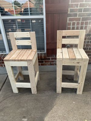 Pallet bar, cooler, outdoor furniture, bar stools for Sale in Forney, TX