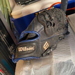 wilson baseball glove for Sale in Ontario, CA