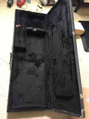 Bass guitar hardcase for Sale in Worcester, MA