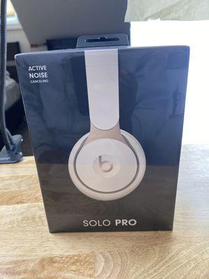 Beats Solo Pro for Sale in North Chicago, IL