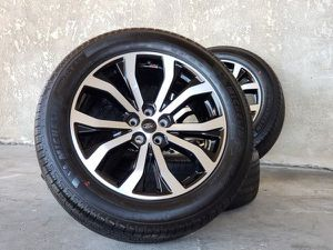 """20"""" Ford Explorer ST Wheels Rims Rines and Tires Llantas for Sale in Garden Grove, CA"""