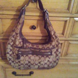 Coach handbag for Sale in Pompano Beach, FL