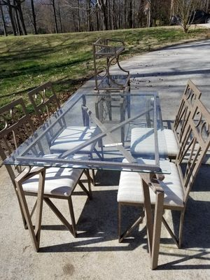 Dinning Set for Sale in Greensboro, NC