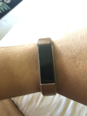 Fitbit alta 65$ leather band for Sale in NJ, US