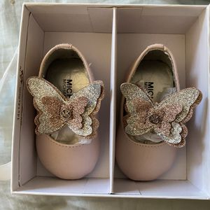 Baby Girl Shoes for Sale in Lillington, NC
