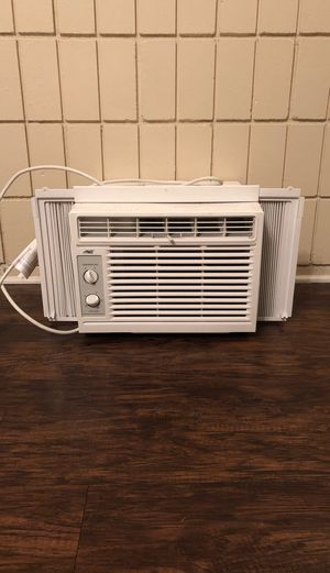 Window air unit for Sale in Tampa, FL