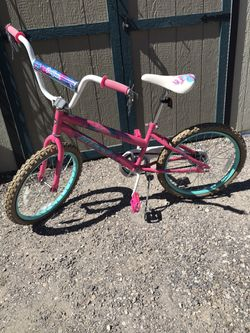 "Girls Bike 20"" Barely Used for Sale in East Wenatchee,  WA"