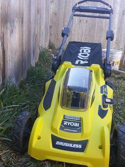 Riobi 40v Cordless Push Mower Like New Battery And Charger Incluided Seminueva Trabajando Como Nueva for Sale in Houston,  TX