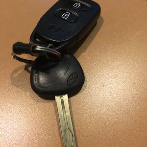 Hyundai Tucson - Car Key 🔑 for Sale in Woodbridge, VA