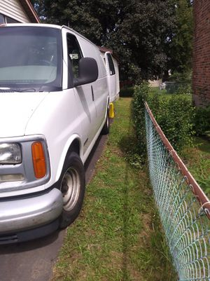 2001 chevy express g1500 for Sale in Windsor, CT