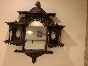 Beautiful elegant wall decoration mirror for Sale in Laurel, MD