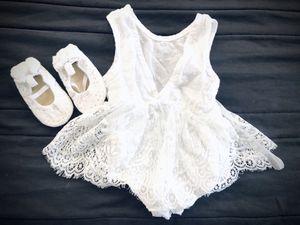 White baby girl dress 6m. Clothes. Shoes. Vestido blanco bebe nena 6 meses. Zapatos. Ropa. for Sale in Miami, FL