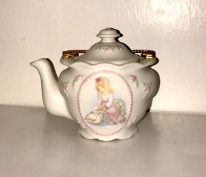 Precious Moments teapot for Sale in Fulton, MD