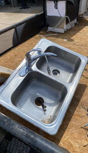 Kitchen sink for Sale in Westminster, CO