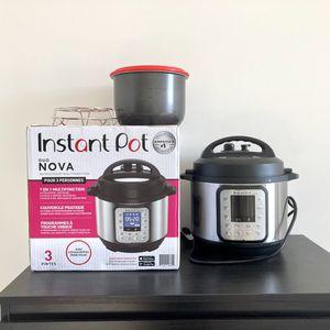 Instant Pot 3qt Nova Duo 7in1 Press cooker for Sale in Malden, MA