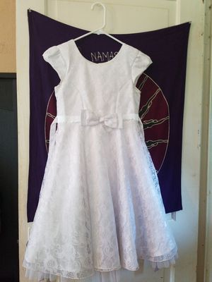 Girls Size 10 Beautiful White Dress for Sale in Baltimore, MD