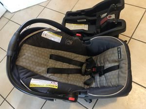 GRACO CAR SEAT *PLUS 2 BASES* for Sale in Hillsboro Beach, FL