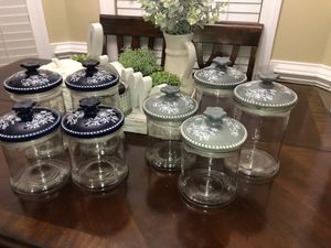BRAND NEW Set of 4 glass kitchen storage containers both sets are 30$ each . Pick up in churchland for Sale in Portsmouth, VA