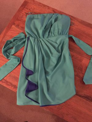 Size 4 Short teal/blue semi formal dress for Sale in Houston, TX