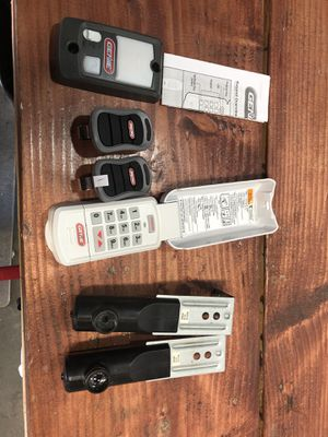 Genie Garage Door Remote for Sale in Upland, CA