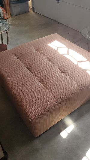 Big ottoman for Sale in Cathedral City, CA