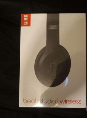 Beats studio 3 wireless head phones for Sale in Fresno, CA