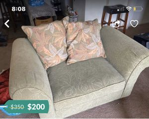 TWO SET COUCH PEICE for Sale in Reynoldsburg, OH