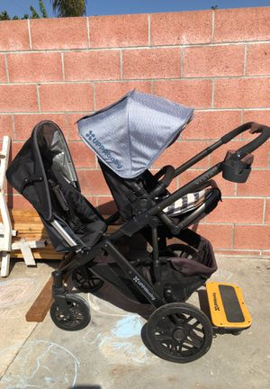 Uppababy Vista double stroller with carrying case for Sale in Bell Gardens, CA