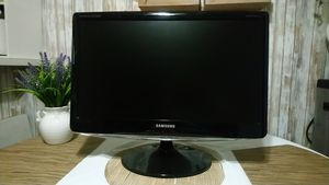 "22"" 1080p LED Samsung Computer Monitor HDTV HDMI for Sale in Santa Fe Springs, CA"