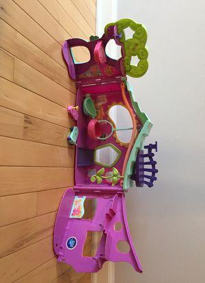 Littlest PetShop Gym Playset for Sale in Bartlett, IL
