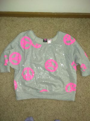 Hard Candy XXL (19) Gray Sweat Shirt With Hot Pink Peace Signs for Sale in Newton, KS