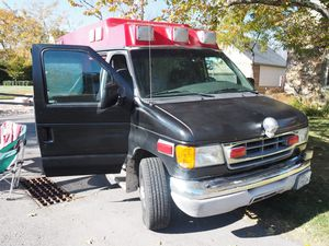 Camper Van Ford E350 for Sale in South Salt Lake, UT