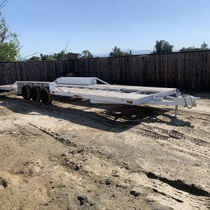 30ft Flatbed Trailer for Sale in Riverside, CA