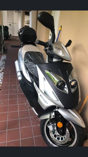 SCOOTER for Sale in Miami, FL