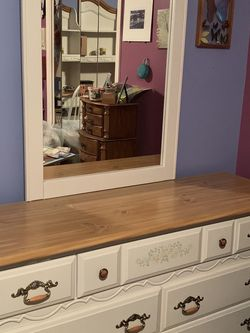 Girl's Twin Bedroom Set for Sale in Manalapan Township,  NJ