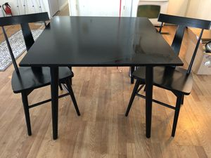 Pier 1 imports Dining table and chairs for Sale in St. Petersburg, FL