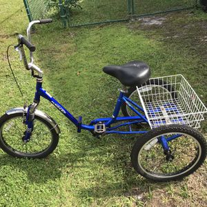 Kent 3 Wheeled Folding Bicycle for Sale in Fellsmere, FL
