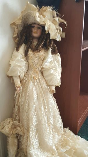 Antique wedding doll for Sale in Greer, SC