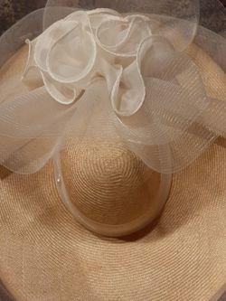 Ecru Wedding Hat for Sale in Renton,  WA