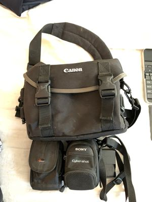 Camera bags for Sale in Vacaville, CA