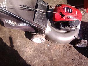 "Craftsman lawn mower ,21"" cut for Sale in Fresno, CA"