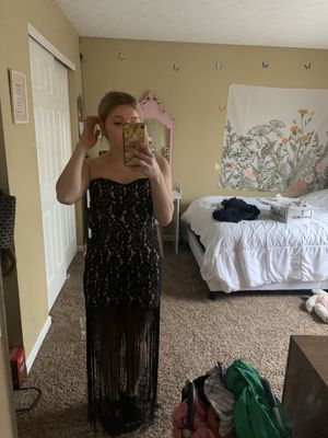 Prom dress for Sale in Blacklick, OH