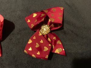 Burgundy jojo bow with gold hearts 💕 for Sale in Los Angeles, CA