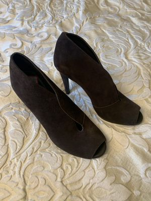 Brown suede open toe shooties with heel for Sale in Selinsgrove, PA
