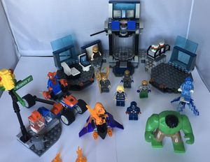 LEGO Marvel Lot 10 mini figures + 3 Playsets $60 or trade for Sale in San Diego, CA