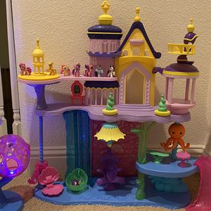 My Little Pony House The Movie Canterlot & Seaquestria Castle with Light-Up Tower for Sale in Rancho Cordova, CA